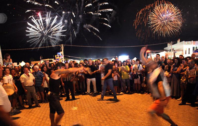 Eventi Tradizionali Imperdibili nel Salento: La Danza delle Spade a Torre Paduli - D'Amico Immobiliare - La tua casa nel Salento