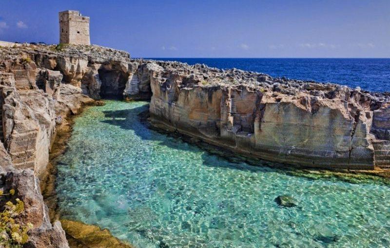 La piscina naturale di marina serra il mare tra i pi for Piscine marinal