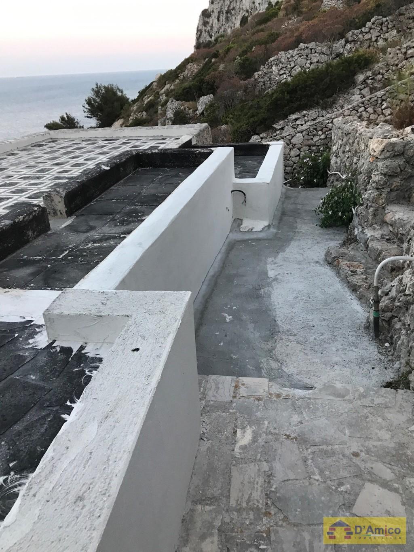 Villa il ciolo fronte mare gagliano del capo for Stile architettonico del capo cod