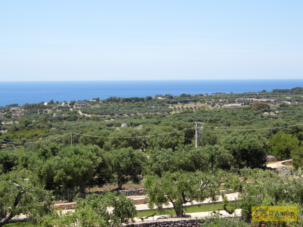 foto immobile Villa in collina con splendida vista mare n. 3