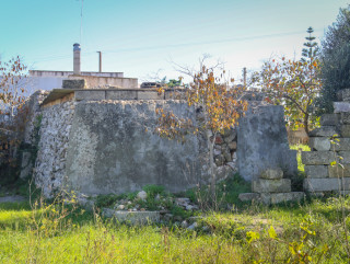 Buildings of ancient construction for 120 square meters, 900 meters from the sea