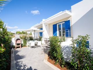 Independent villas 500 meters from the sandy beach of Pescoluse