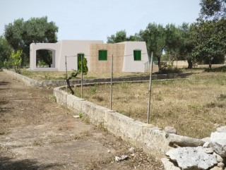Land with Progetto Villa and 2 Pajare, 2.5 km from the sea