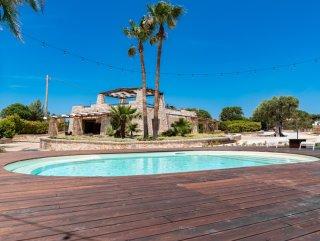 Splendida villa in pietra con Piscina, fronte spiaggia