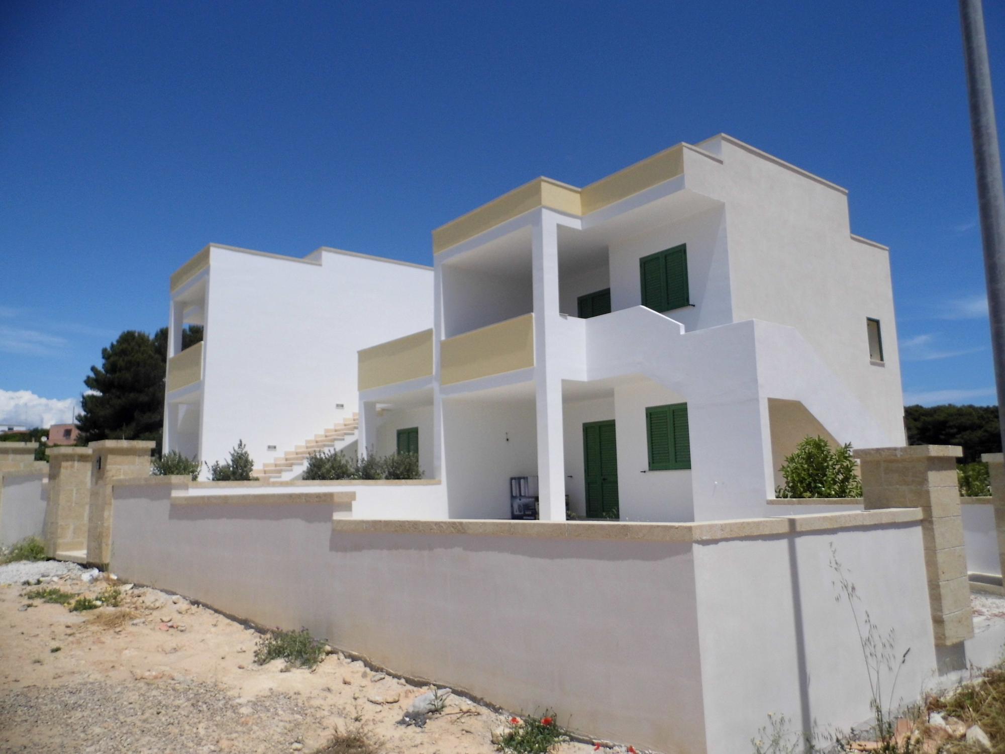Pescoluse vendesi casa indipendente a piano terra for Piano casa artigiano di eplans