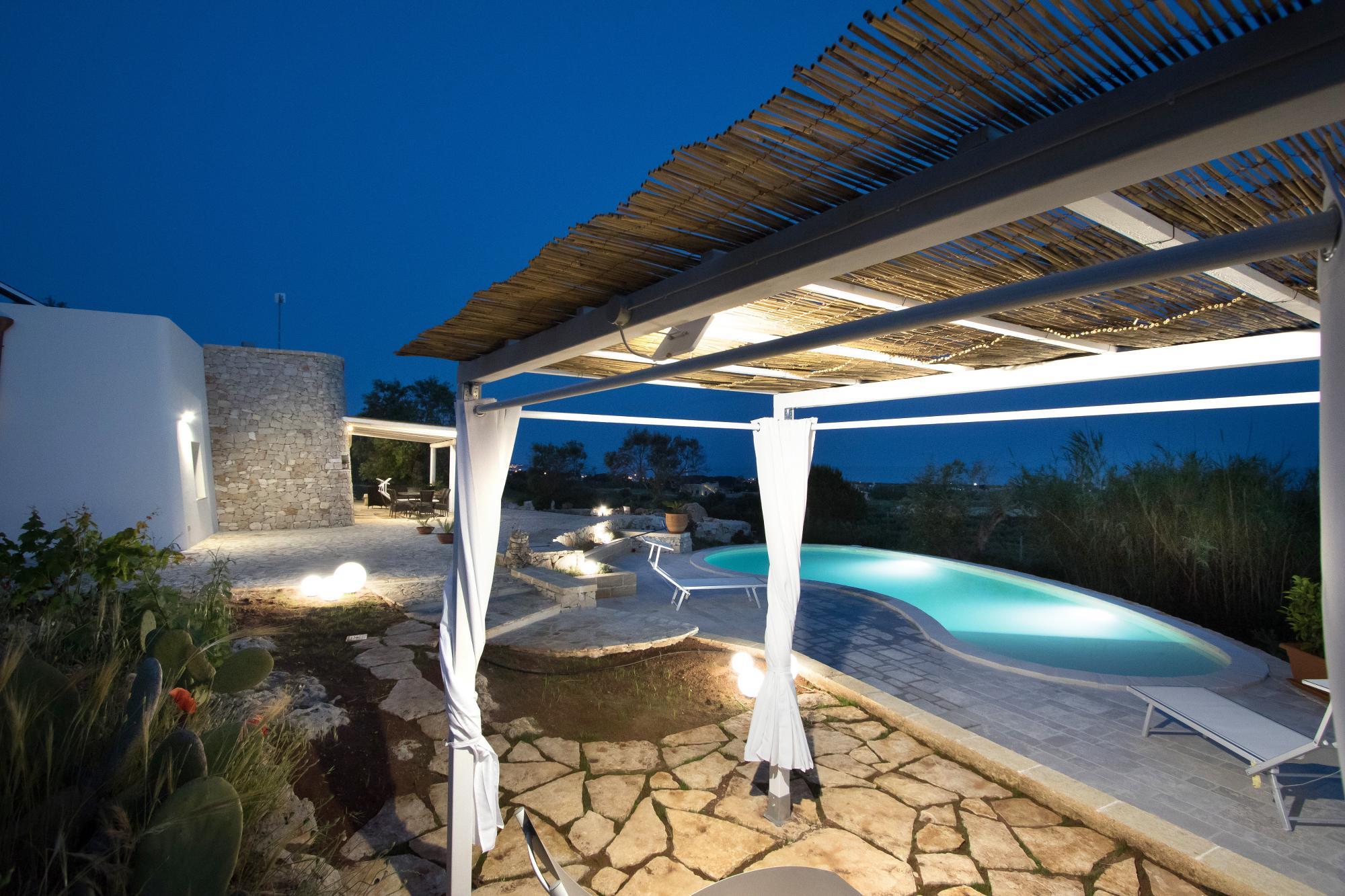 Villa con Piscina, Vista Mare incantevole e giardino meraviglioso - Salve