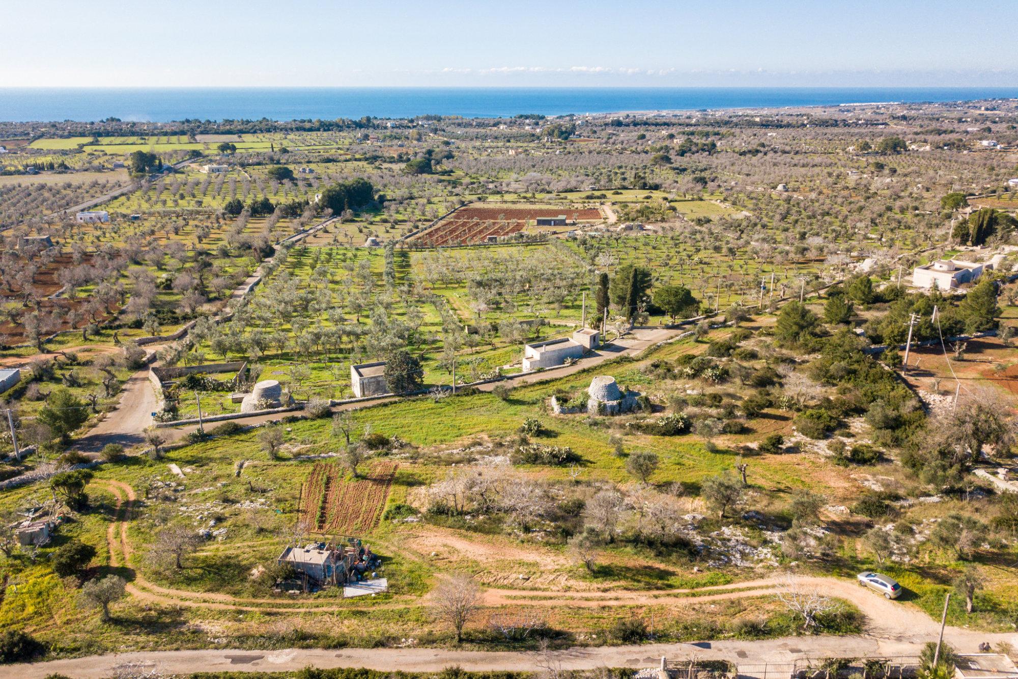 Piscina Su Terreno In Pendenza terreno edificabile villa con piscina vista mare - salve