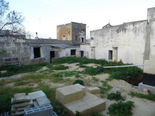 Ancient house in the historical center with garden in Gemini (Ugento)